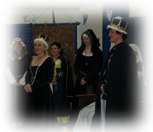 our baron and baroness in court with the baroness addressing the audience